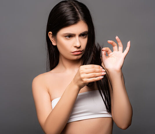 Jak dbać o włosy suche i zniszczone